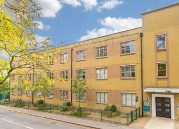 Thumbnail 1 bed flat to rent in Charteris Road, Woodford Green