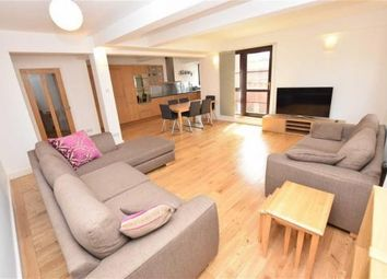 3 bed flat to rent in Dickinson Street, Manchester M1