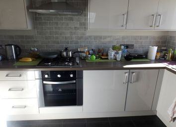 Thumbnail 2 bed flat to rent in Rosehill, Willenhall