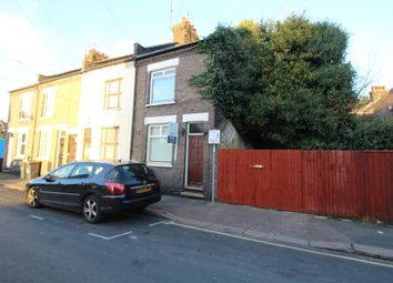 Thumbnail 2 bed property to rent in Charles Street, Luton