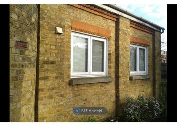Thumbnail Studio to rent in Park Road, Stanwell, Staines-Upon-Thames