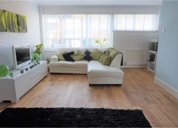 Thumbnail 4 bedroom town house to rent in Cedar Drive, Dartford