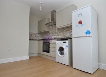Thumbnail 1 bed flat to rent in High Street, North Finchley