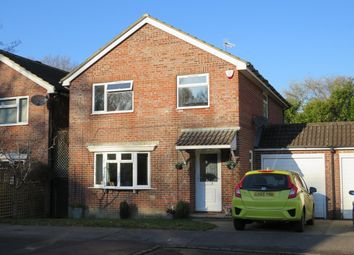 Thumbnail 4 bed detached house to rent in Westway, Copthorne, Crawley