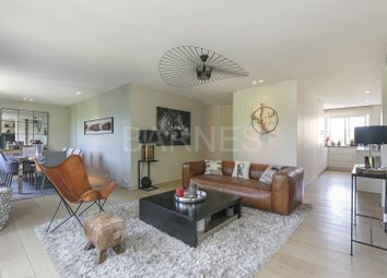 Thumbnail 2 bed apartment for sale in Neuilly Sur Seine, Neuilly Sur Seine, France