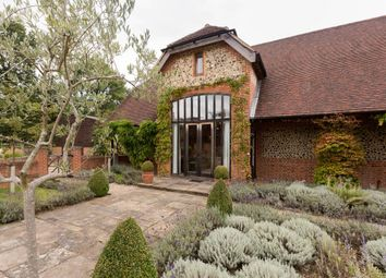 Thumbnail 2 bed barn conversion to rent in The Barn, Gully Farm, Hedsor Park, Taplow, Maidenhead