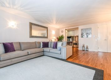 Thumbnail 2 bed flat to rent in New Providence Wharf, Fairmont Avenue
