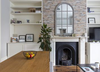Thumbnail 1 bed flat for sale in Barnsbury Park, London