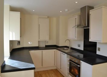 1 bed flat to rent in Rothwell House, Newbury, Berkshire RG14