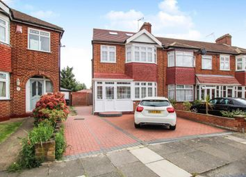 4 bed property for sale in Lynmouth Avenue, Enfield EN1
