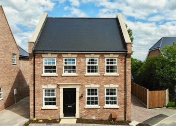 Thumbnail 5 bed detached house for sale in Eaton Gardens, Broxbourne, Hertfordshire