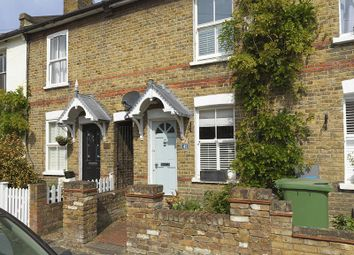 Thumbnail 2 bedroom cottage for sale in Queens Road, Thames Ditton