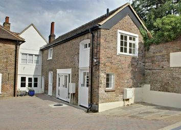 Thumbnail 1 bed flat for sale in High Street, Kings Langley