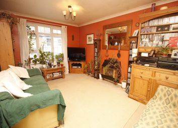 Thumbnail 2 bedroom flat to rent in Longfellow Road, Worcester Park