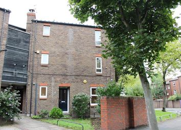 Thumbnail 1 bed maisonette for sale in Glimpsing Green, Erith, Kent