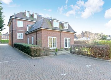 2 bed flat for sale in Manor Road, New Milton, Hampshire BH25