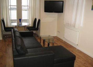 Thumbnail 1 bed flat to rent in Lansdowne Square, Northfleet, Gravesend