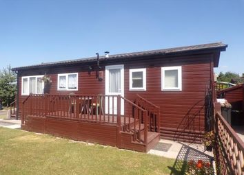 Thumbnail 2 bed mobile/park home for sale in Lobstick Drive, Wood End, Atherstone