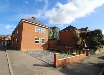 Thumbnail 1 bed flat to rent in Seagarth Lane, Shirley, Southampton