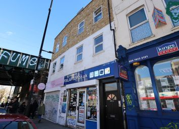 Thumbnail 3 bed flat to rent in Bethnal Green Road, Bethnal Green