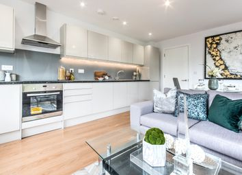 Thumbnail 2 bed flat for sale in Barnett Wood Lane, Leatherhead