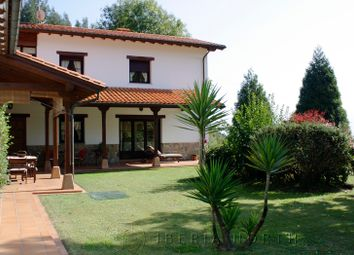 Thumbnail 4 bed chalet for sale in Mieres, Villaviciosa, Asturias, Spain