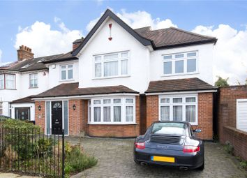 Thumbnail 6 bed detached house for sale in Goodwyn Avenue, Mill Hill, London
