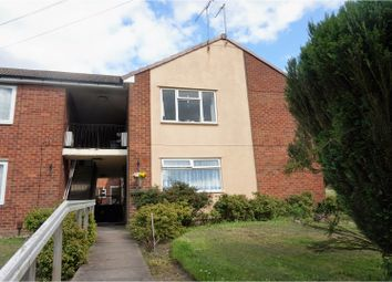 Thumbnail 2 bedroom flat to rent in Viewfield Crescent, Sedgley