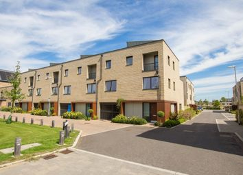 Thumbnail 4 bed town house to rent in Harvest Road, Trumpington, Cambridge