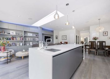 Lyndale Avenue, London NW2. 5 bed property
