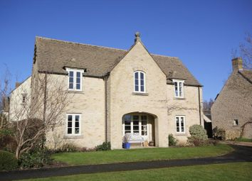 Thumbnail 2 bed flat for sale in West Allcourt, Lechlade