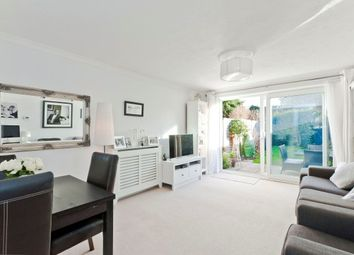 Thumbnail 2 bed property to rent in Hillcrest, Weybridge