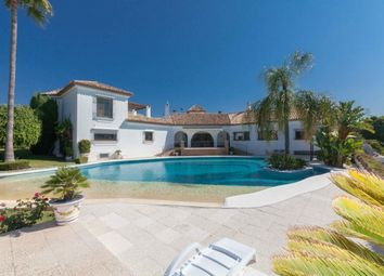 Thumbnail 6 bed villa for sale in Spain, Málaga, Estepona, El Paraiso