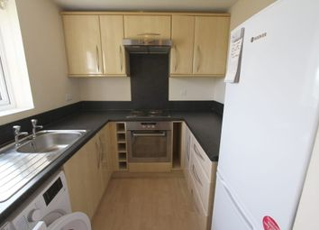 Thumbnail 1 bed flat to rent in Chandos Close, Banbury, Oxon