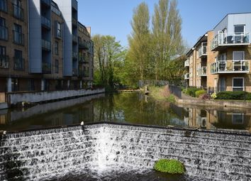 Thumbnail 1 bed flat for sale in The Embankment, Kings Langley