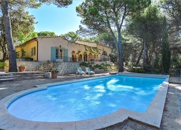 Thumbnail 5 bed property for sale in Aix-En-Provence, France