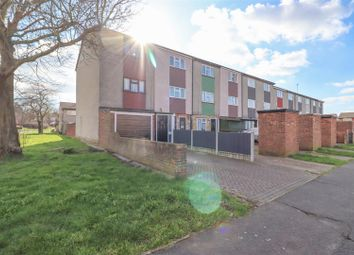 Thumbnail 3 bed town house for sale in Winfields, Pitsea, Basildon