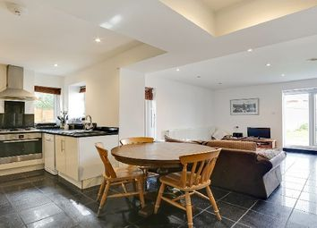 Thumbnail 4 bed flat to rent in Cavendish Road, London