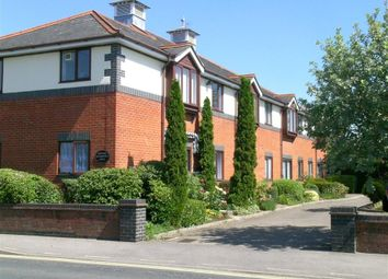 Thumbnail 1 bed flat for sale in Coach House Court, Pangbourne, Reading