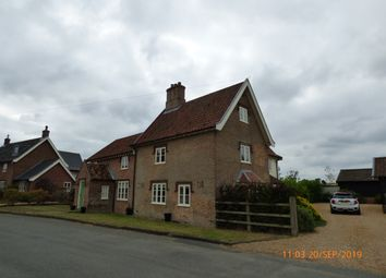 Thumbnail 6 bed detached house to rent in Langley Street, Langley, Norfolk