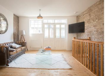 Thumbnail 2 bed flat to rent in Temple Yard, Bethnal Green