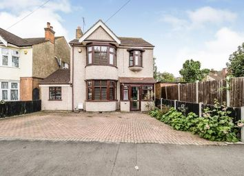 Romford, Havering, United Kingdom RM7. 4 bed detached house