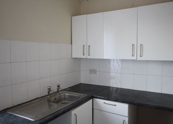 Thumbnail 1 bedroom flat to rent in Albert Avenue, Anlaby Road, Hull