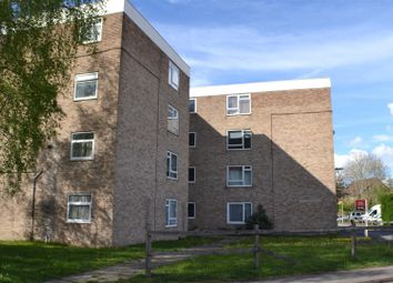 Thumbnail 2 bedroom flat for sale in Tunworth Court, Tadley