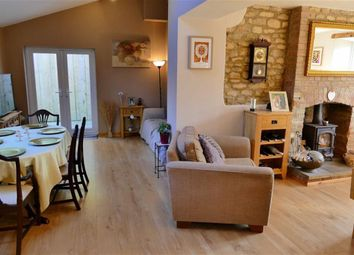 Thumbnail 6 bed detached house for sale in Anchor Road, Calne