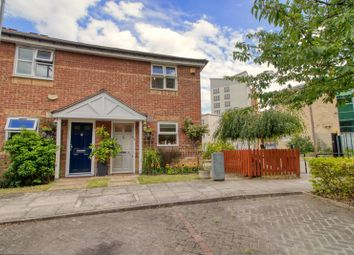 Stowage, London SE8. 2 bed end terrace house