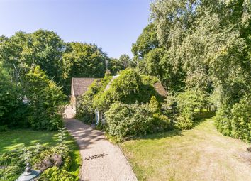 4 bed detached house for sale in Harvel Road, Meopham, Gravesend DA13