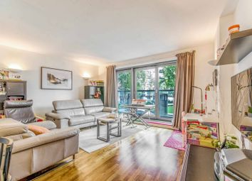 Thumbnail 2 bed flat for sale in Fairmount Avenue, Canary Wharf
