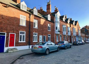 Thumbnail 3 bedroom terraced house to rent in Bailgate, Lincoln