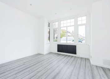 3 bed flat for sale in Mitcham Lane, Furzedown, London SW16